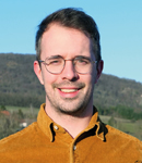 Ein Autorenbild von Fabian Geib.